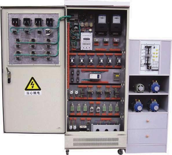 万能转换开关和电压表测量三相电压接线